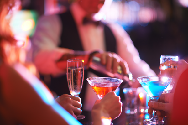 tips-on-hiring-servers-and-bartenders-par-excellence